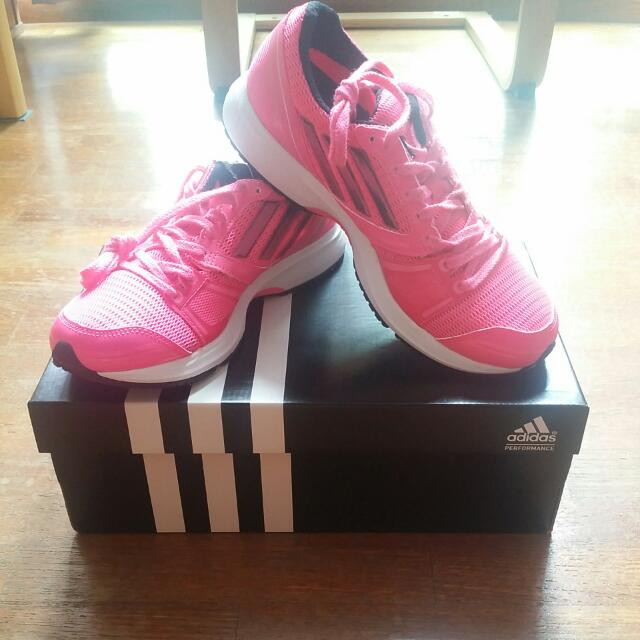 cepillo espiral Molesto  BNIB Adidas Adizero Ace 6 Woman's Running Shoes, Sports, Sports Apparel on  Carousell