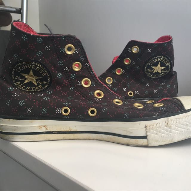 Converse Chucks Open To Offers