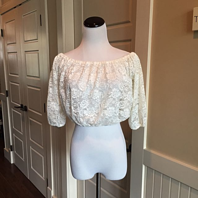 Cropped Lace GARAGE Top