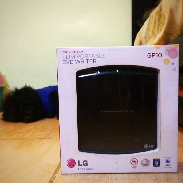 LG Slim Portable DVD Writer (GP10)