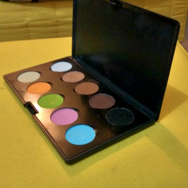 LT PRO Eye Shadow Perfecting Eye 10 Colour Matt 010