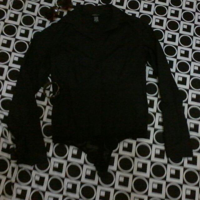 Now180.00 MODA  Black Longsleeves top