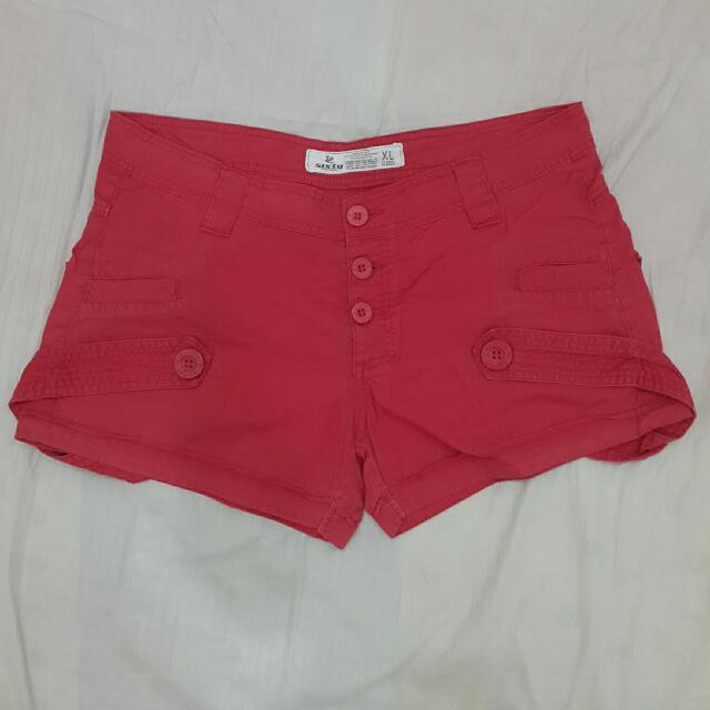 Red Woman Short Pants