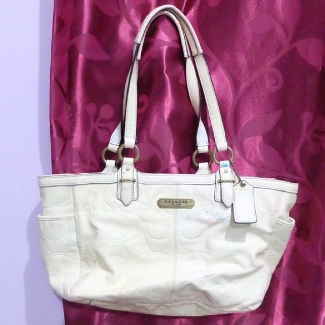 REPRICE!! Fast Sale! Coach Off White Leather Handbag