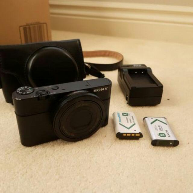 Sony RX100 with Retro Leather Case and Extra Batteries