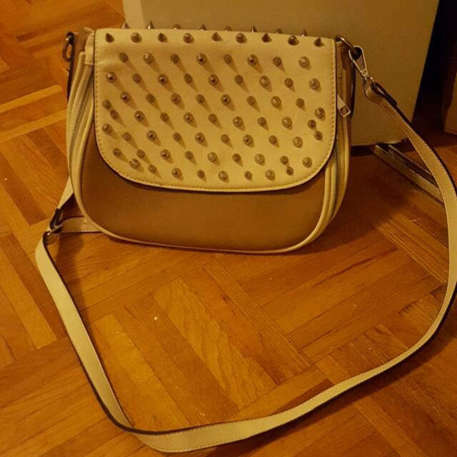 Studded White And Light Brown Bag ❤