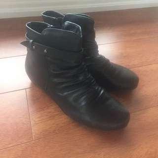 Block Boots