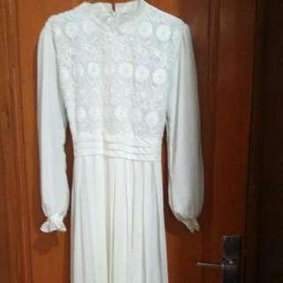 White Long Dress Sifon