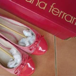 Diana Ferrari Size 7.5