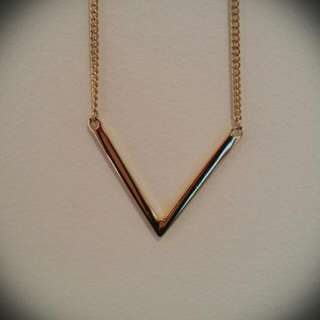 Louisa Gold Arrow Necklace