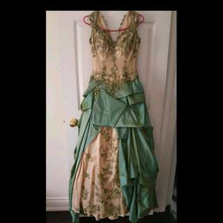 Size 4 Gown
