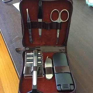 Mens Grooming Kit