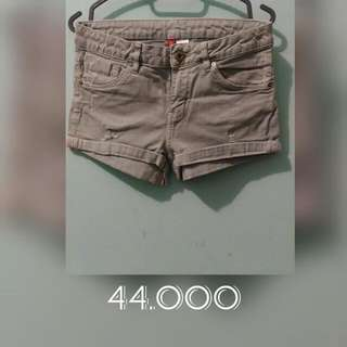H&M summer hot pant H&M Under 100k