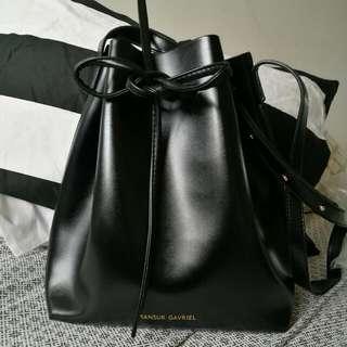 BUCKET BAG • BLACK MANSUR GAVRIEL STYLE • BRAND NEW