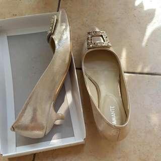 Sepatu Pesta