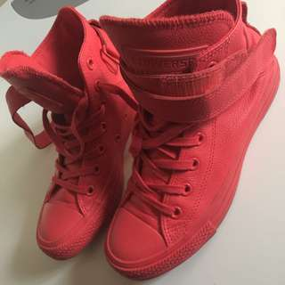 All Red Converse Size 6
