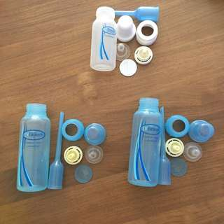 3x Dr Brown Bottles (used) + 1x Level 2 Teat (new)
