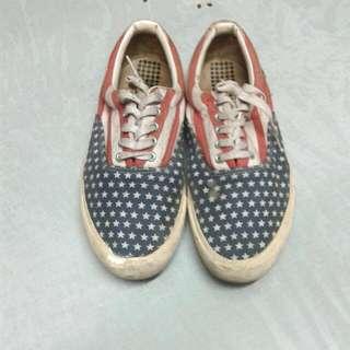 Sepatu Topman America