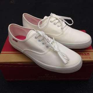 降價!!AIR WALK全新白色帆布鞋37(23.5)