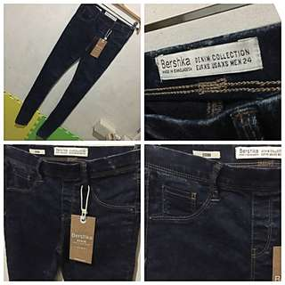 ORIGINAL & Brand New BERSHKA Jegging, Denim, S24, P450** only.