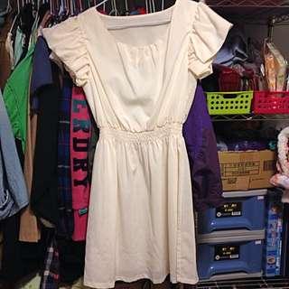 時尚白洋裝