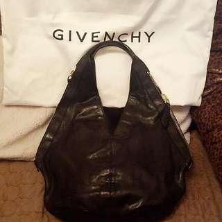 Givenchy 黑色皮袋 Chanel Lv Gucci Prada Bag