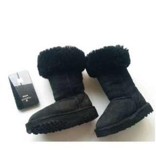 UGG 童靴7號 很新 保證真品 美國購買