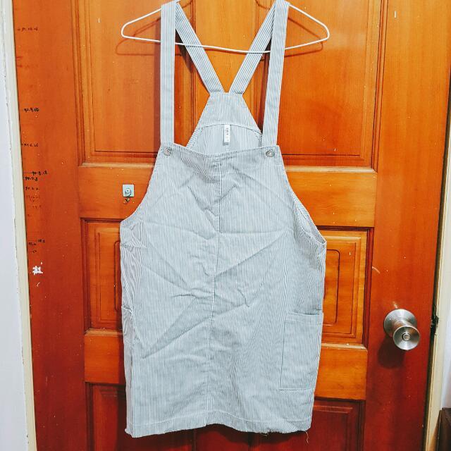 灰白條紋吊帶裙