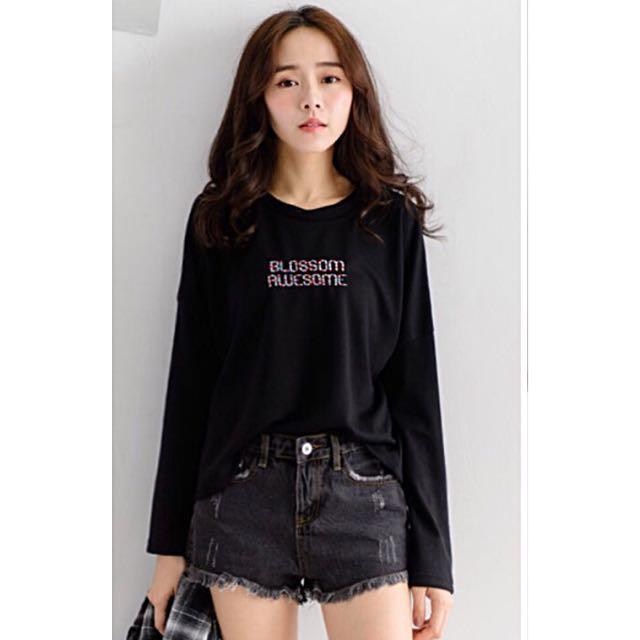 [全新✨] 黑色 寬鬆彩色刺繡字母長袖上衣 T-shirt