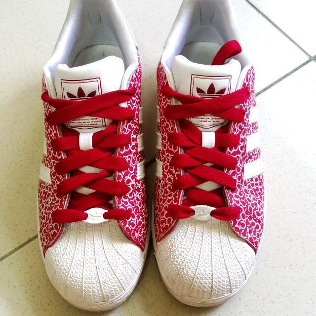Adidas運動鞋24號