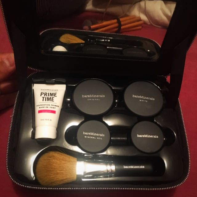 BareMinerals Case And Make Up (Sold Pending)