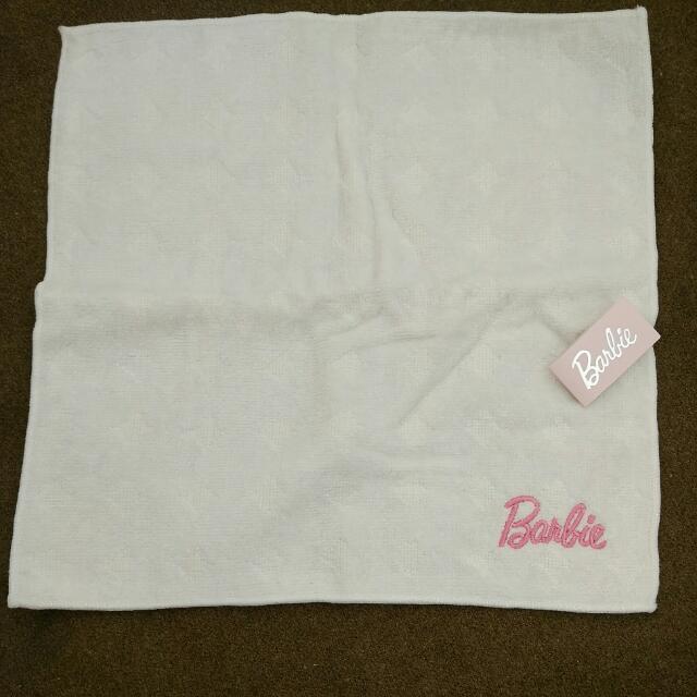 Barbie白色方巾