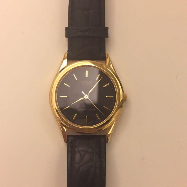 Casio 復古簡約古董金邊真皮手錶