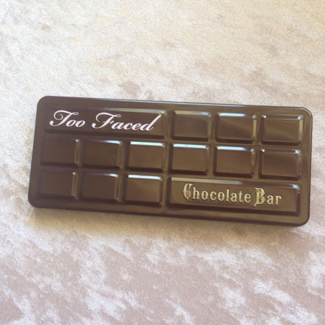 HOLD GENUINE Too Faced Chocolate Bar Palette