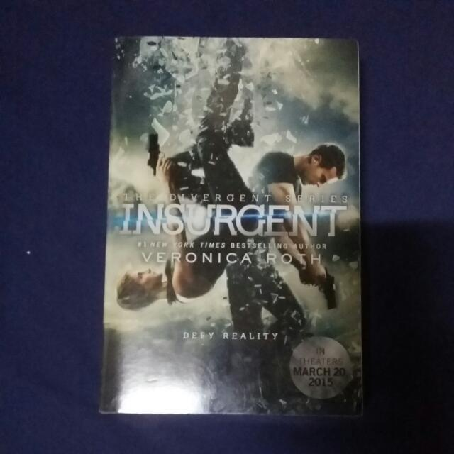 Stil Available! Insurgent (Divergent #2) by Veronica Roth