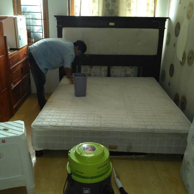 jasa cuci sofa - springbed - sofabed - jok mobil - karpet - dll bekasi dan jakarta 082260141620