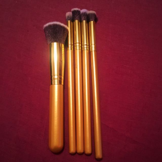 Makeup Brushes (Sold Pending)