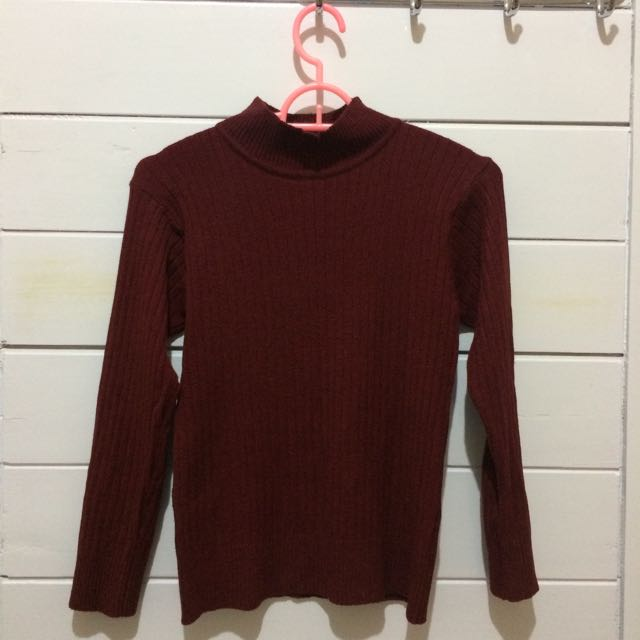 Maroon Crop Turtleneck