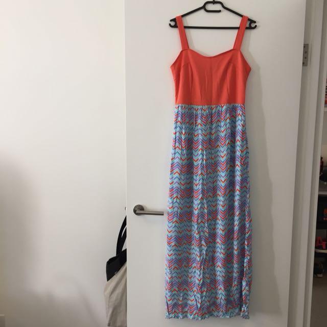 Maxi Dress Size M