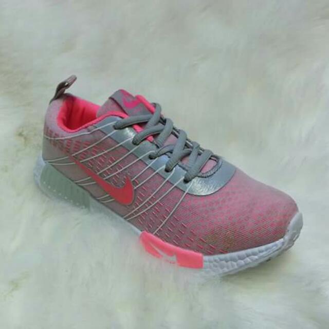 Nike women's #bestseller