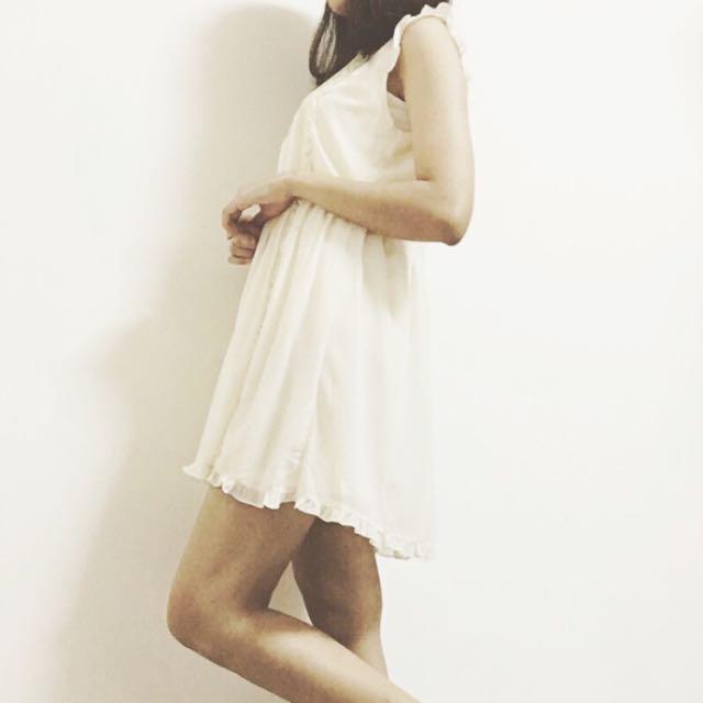 《寄出》Pazzo 雪紡微高領荷葉甜美洋裝