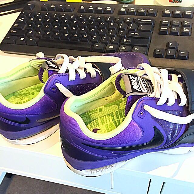 Price Drop - Women's US6.5 Nike Trainers