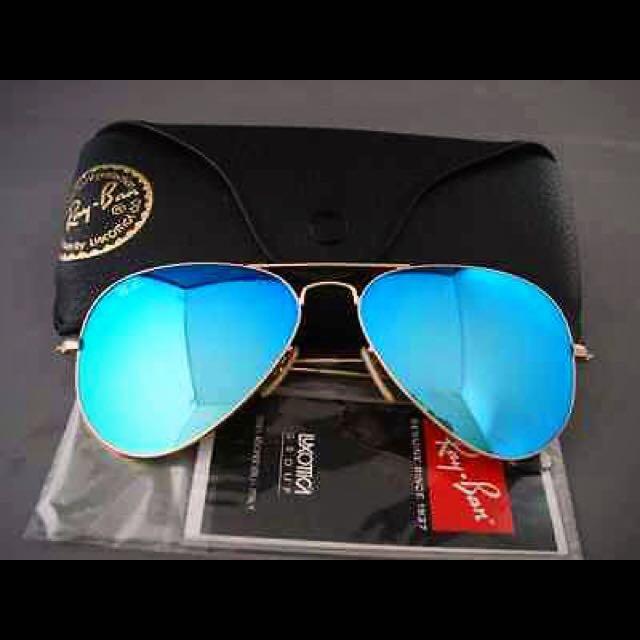 3e6ea4edbbf RayBan Aviator Sunglasses Mirror Lens in Blue on Carousell