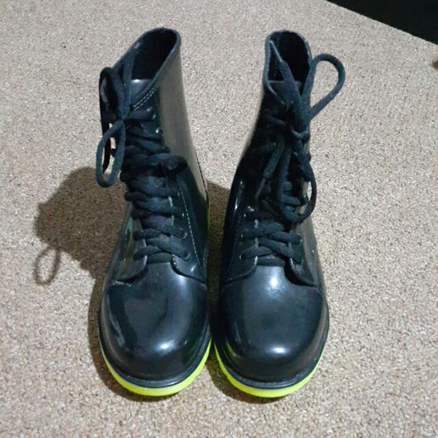 Size 36 Gummi Boots