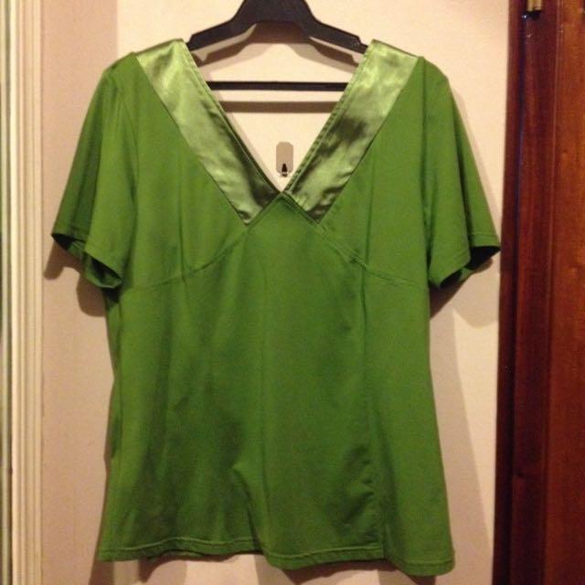 Tubby Green Blouse L-XL