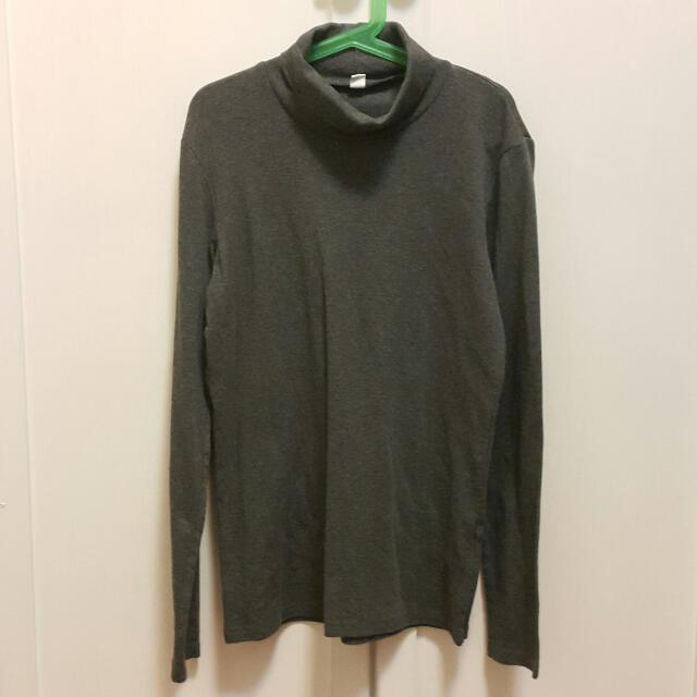 Uniqlo Long Sleeve Turtleneck Top