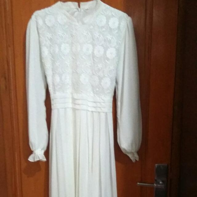 White Long Dress Sifon