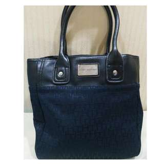 Tommy Hilfiger Small Bag (Authentic)