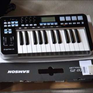 Samson Graphite M25 Keyboard