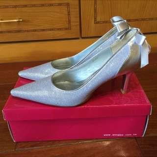 AnaLee銀色全新金蔥蕾絲高跟鞋